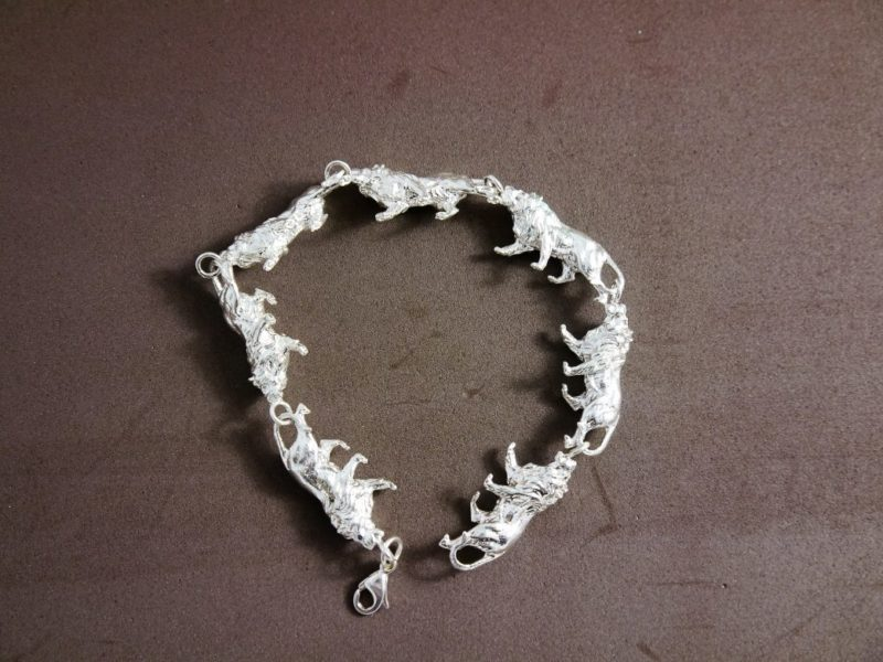 7-prowling-lion-bracelet