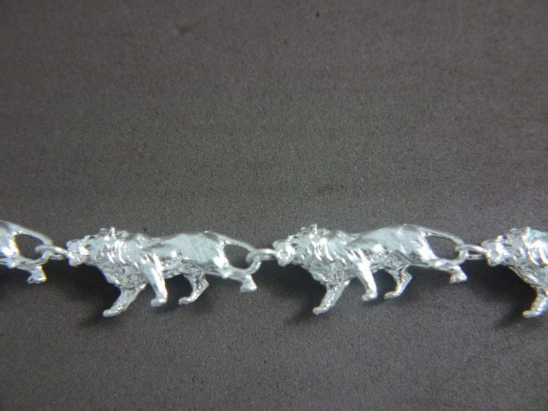prowling-lion-bracelet