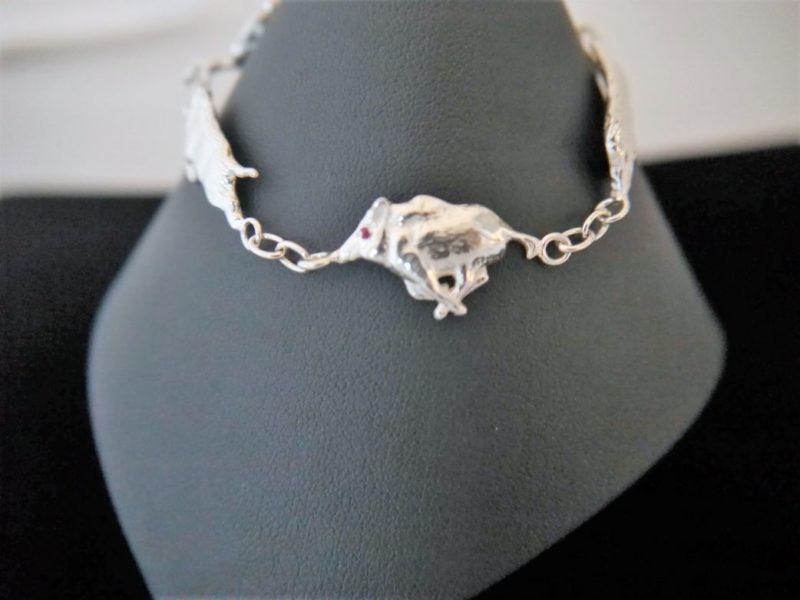 silver-running-boar