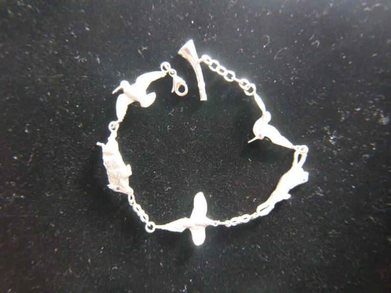 bird-and-animal-bracelet-4